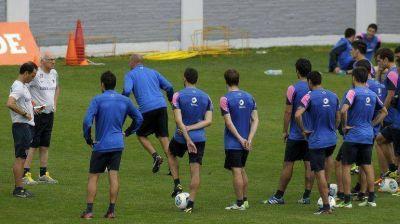 Carlos Bianchi piensa en Gago o Paredes, para sustituir a Riquelme