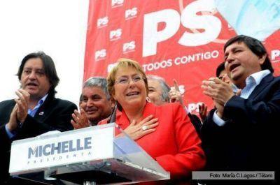Según una encuesta, los chilenos que votaron a Enríquez-Ominami y Parisi elegirían a Michelle Bachelet