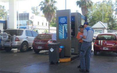 Tasa a las naftas: concejales quieren que las premium paguen más, pero menos las otras
