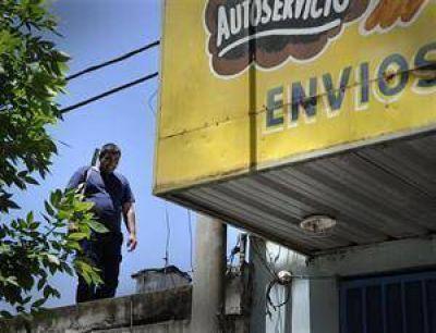 Acusan a bandas narco por los saqueos en Rosario