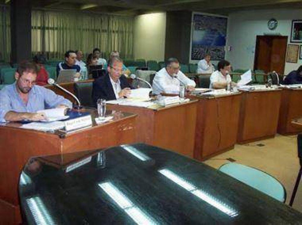 Aprueban aumento escalonado de la Tasa y más fondos para el Hospital