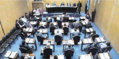 Modifican leyes previsionales, tasas inmobiliarias y un anexo del Presupuesto
