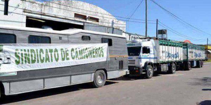 Camioneros bloquearon el acceso a Transportes Prada