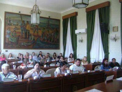 Concejo Deliberante: Entre la ayuda a Cambaceres y el repudio al diario El Día