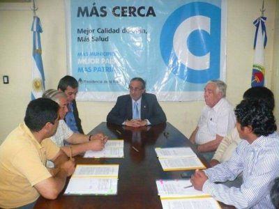 """Suscribieron convenios por obras del plan """"Más Cerca"""""""