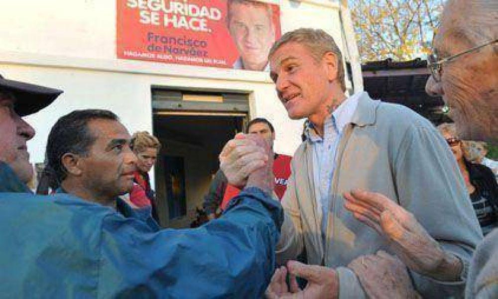 """De Narváez: """"Manifesté al gobernador Scioli nuestro repudio a este tipo de violencia"""""""