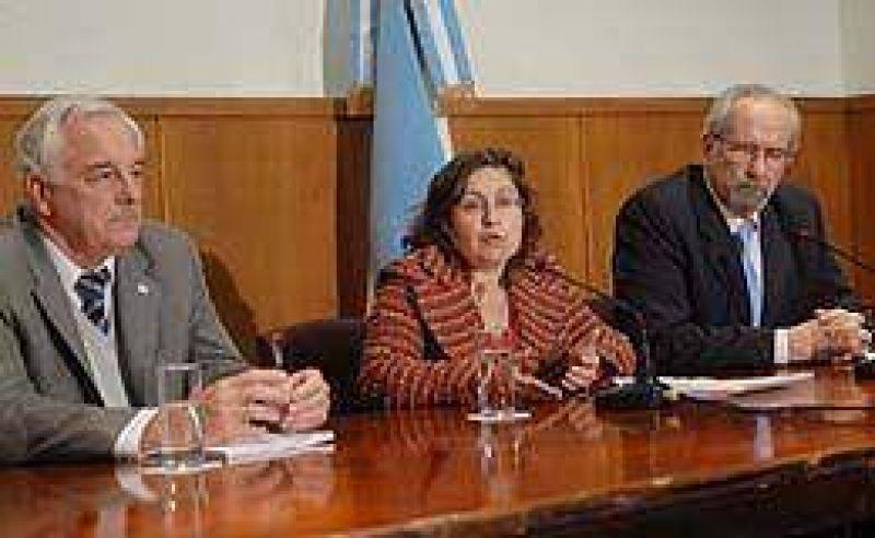 """Oca�a: """"El virus de la gripe A se manifiesta benigno en Argentina"""""""