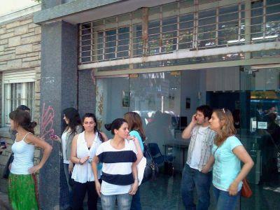 Diario El Atlántico: 32 trabajadores a la deriva