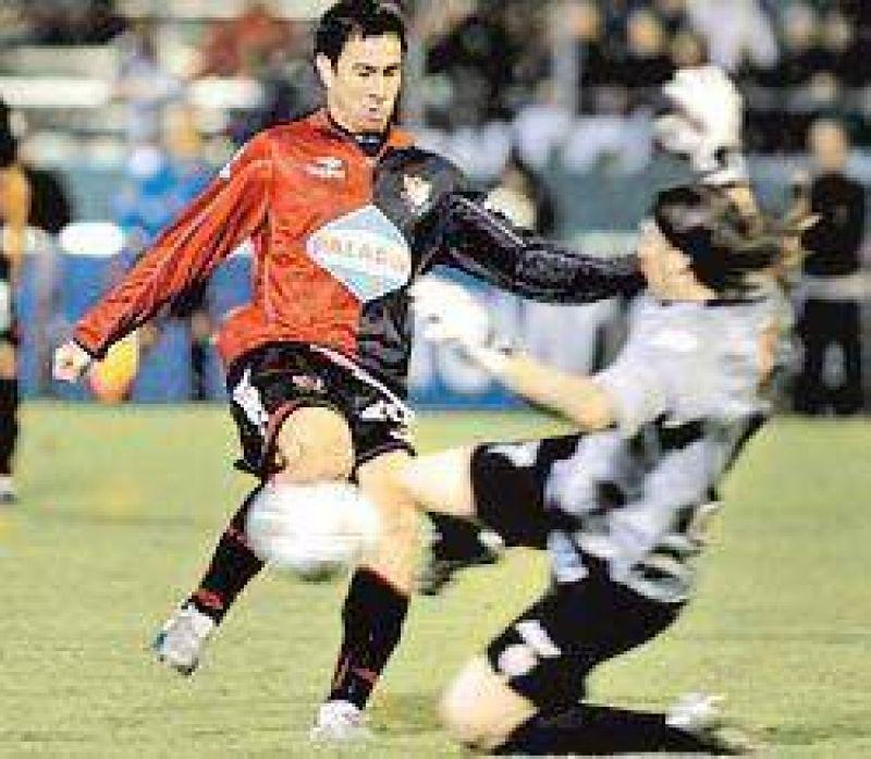 Newell's empató y se alejó de la Copa Sudamericana