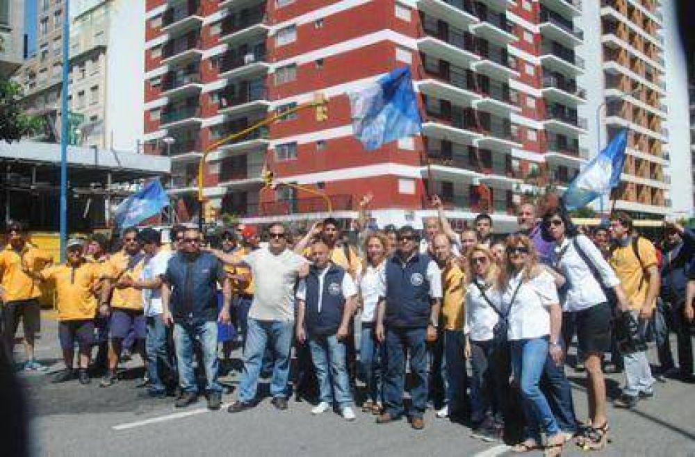 La lucha continúa: Paro por tiempo indeterminado en el Correo Argentino