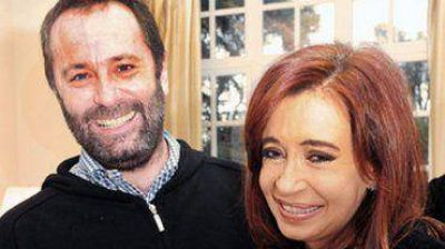 La Presidente toma juramento a Mar�a Cecilia Rodr�guez y al cura Juan Carlos Molina