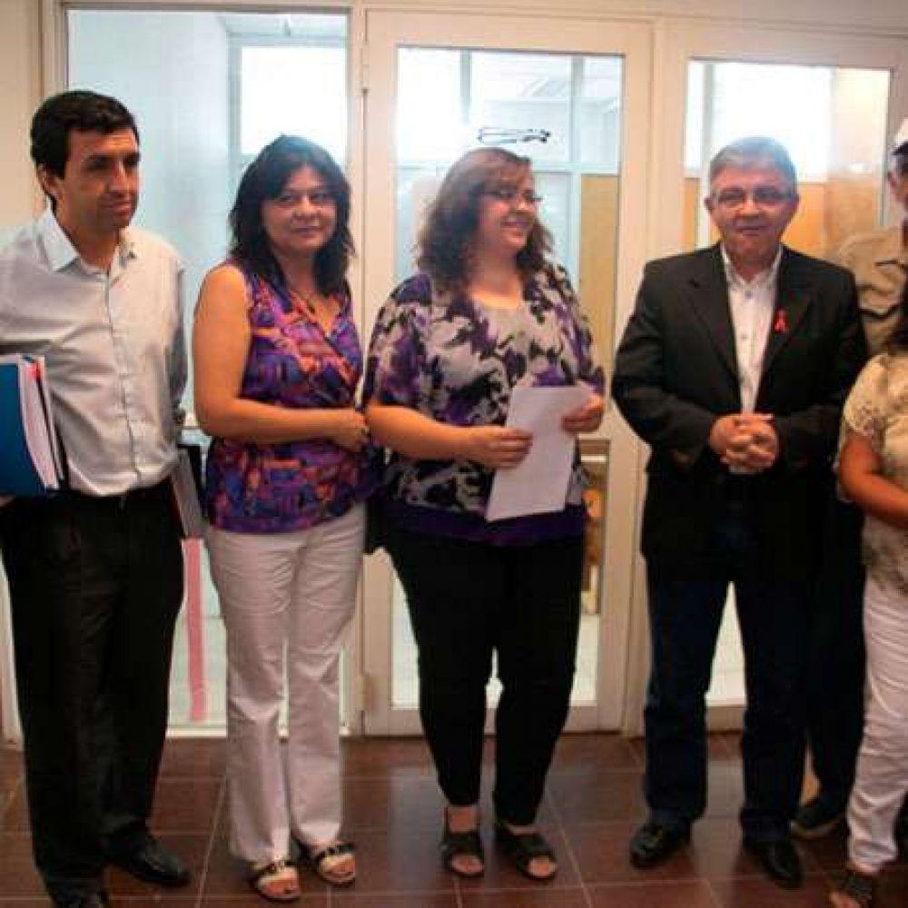 Garantizaron el empleo en el 2014 a todos los contratados de la UNLaR