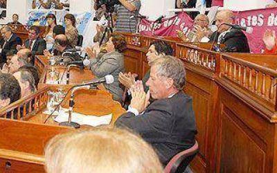 Presidente Perón: Por mayoría, se aprobó el Presupuesto y la licencia de Regueiro