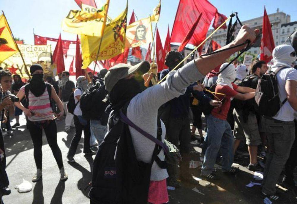 Elecciones en la UBA: Quiénes son y qué reclaman los manifestantes