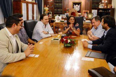 La Gobernadora recibió a directivos del Grupo Indalo