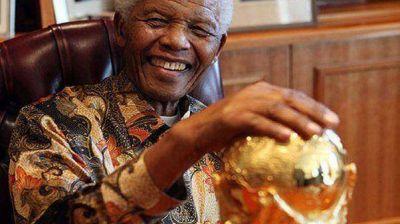 El mundo del fútbol, de luto por la muerte de Mandela