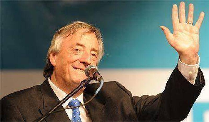 El plan de Kirchner para medir su poder con Duhalde y Reutemann