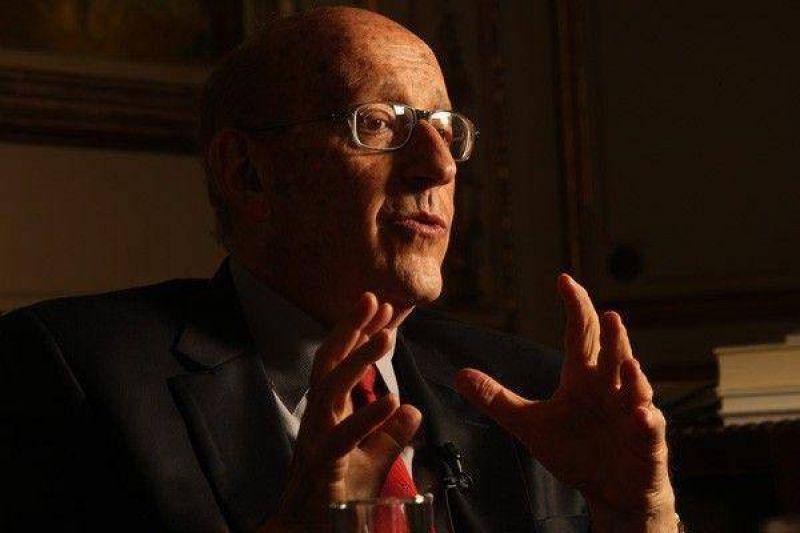 """""""Los gobiernos de los Kirchner han sido muy tolerantes"""""""