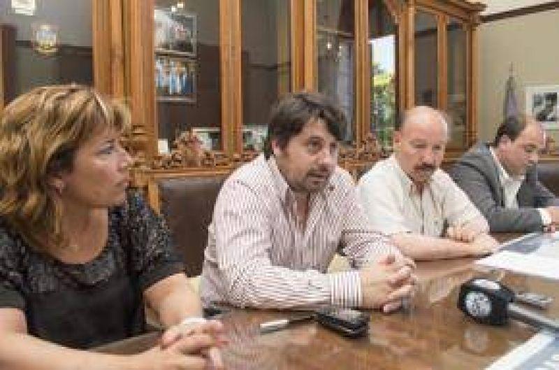 El Gobierno Municipal estableci� otro importante y amplio acuerdo con los gremios