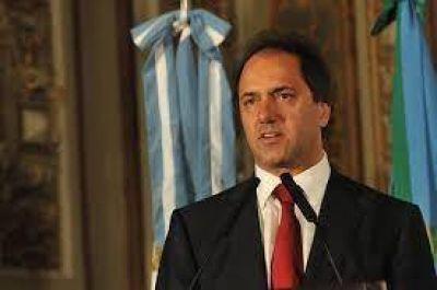 """Scioli dijo que está """"muy atento"""" para descomprimir cualquier conflicto similar al de Córdoba"""
