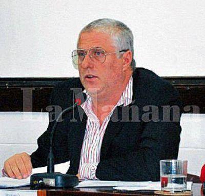 Roberto Freccero preside el HCD en 25 de Mayo