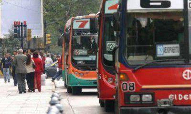 Empresarios del transporte esperan que P�rez autorice un aumento del kil�metro recorrido