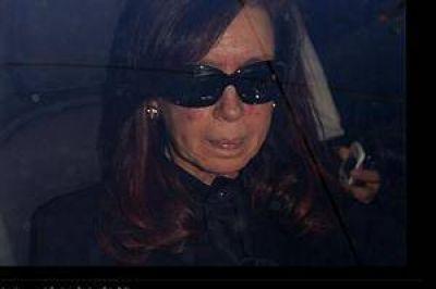 Cristina Kirchner ingresó a la Fundación Favaloro para hacerse estudios de chequeo