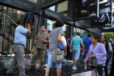 Desastre en Jujuy: no paran los saqueos y enfrentamientos en las calles