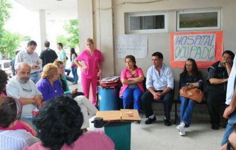 El paro de empleados públicos incluye a los hospitales cordobeses