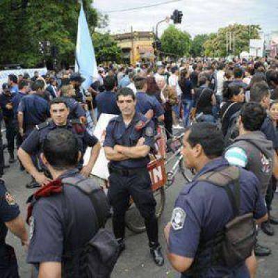 Fuerte impacto por la rebelión policial
