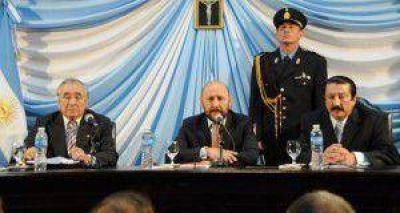 El gobernador asiste al acto de asunción de los legisladores provinciales electos