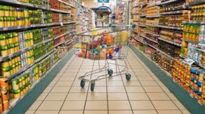 Cadenas de supermercados y estaciones de servicio en la mira de Defensa del Consumidor