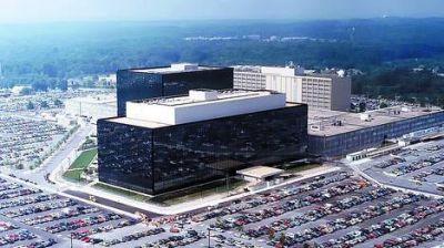 Los espías de Estados Unidos vigilan las comunidades de juegos on line