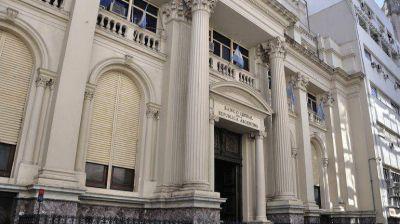 Dólar turista: el BCRA dispuso que los extranjeros no podrán pagar paquetes turísticos en pesos