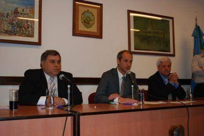 Jura de concejales en San Fernando, Aparicio continúa como presidente