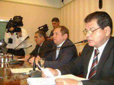 El Intendente De Vido asistió la asunción de los concejales electos