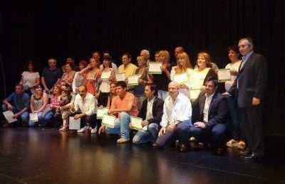 Vicente López anunció beneficios para los trabajadores municipales
