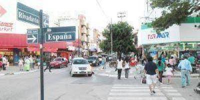 """Más de 200 comercios adheridos al """"Viernes Negro"""""""
