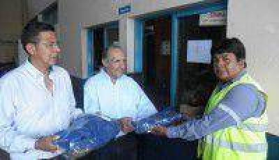 Entregaron uniformes y elementos de protección a operadores de Agua de los Andes