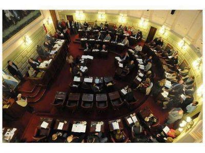En tiempo récord se aprobó el Presupuesto provincial 2014