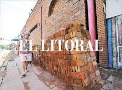 Más de 50 comercios sufrieron daños y robos por los saqueos en la ciudad