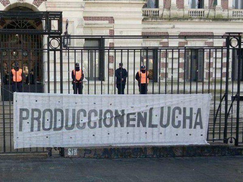 """Empleados de Breitenstein denunciaron """"violencia laboral"""""""