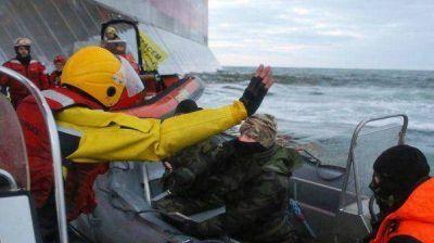 Impiden salir de Rusia a los activistas de Greenpeace