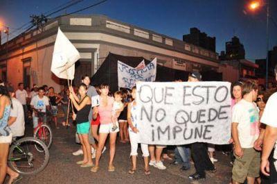 Manifestación por homicidio: dictan prisión preventiva a menor por crimen y vecinos hicieron marcha por justicia