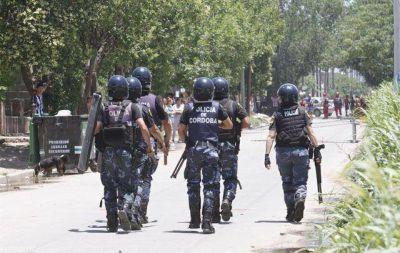 C�rdoba: por ahora, no hay polic�as involucrados en saqueos