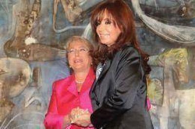 Cristina felicitó a Bachelet por el triunfo en las elecciones