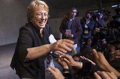 Bachelet agradeció el apoyo y dijo estar orgullosa de ser reelecta