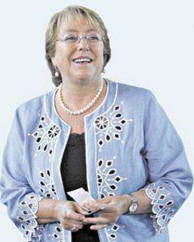 Bachelet pasa a la historia