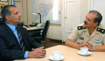 Contra las drogas: designan a un general retirado para supervisar la seguridad en los puertos