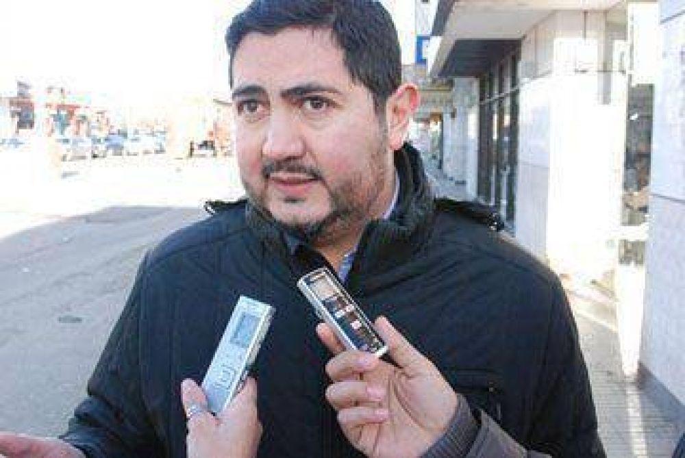 Zavaley dijo que el reclamo de UOCRA afecta a toda la comunidad